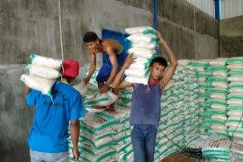 Pemkab Kediri percepat penyaluran bantuan beras kepada warga terdampak COVID-19