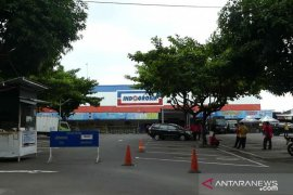 Indogrosir Sleman menjadi klaster baru penularan COVID-19 di Yogyakarta