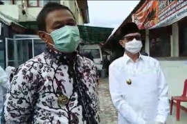 Bukittinggi reports four new positive Covid-19  cases after one month no positive cases