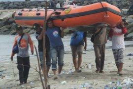Empat warga Abdya hilang diterjang ombak laut saat memancing