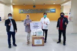 SBA salurkan bantuan APD untuk tiga RSUD rujukan COVID-19 di Aceh