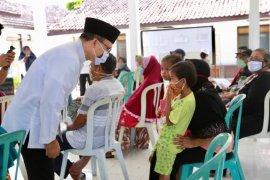 Pos Indonesia Banyuwangi salurkan BST Kemensos