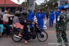 Jalasenastri Bengkulu bagikan ratusan paket takjil