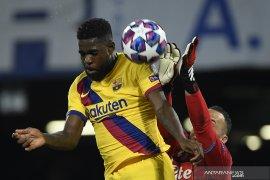 Samuel Umtiti cedera betis saat jalani latihan tim Barcelona