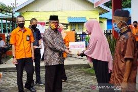 Pemkab HSS salurkan Bantuan Sosial Tunai Kemensos