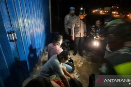 Polisi Muarojambi tangkal berbagai modus pemudik yang berupaya maksa masuk Jambi