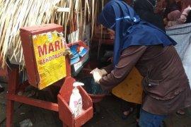 Disperindag Lebak beri edukasi pedagang Pasar Rangkasbitung tentang bahaya COVID-19