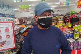 Pemkot Ambon akomodir pekerja seni terima bantuan COVID-19