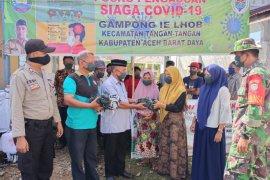 Warga Gampong Ie Lhob Abdya terima masker gratis dari dana desa