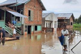 Gubernur sebut empat daerah di Jambi kena banjir