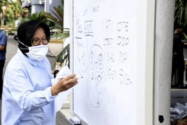 Risma :  ada 16 klaster penularan COVID-19 di Kota Surabaya