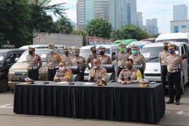 Aparat Polda Metro Jaya pulangkan 1.389 pemudik nekat ke Jabodetabek