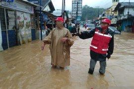 Banjir rendam puluhan rumah di Kecamatan Baros Sukabumi