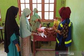Cegah COVID-19, SMGP berdayakan warga produksi masker