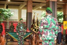 Wakasad dan 12 perwira tinggi TNI AD naik pangkat