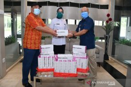Pupuk Kaltim Bantu 600 Unit Alat Rapid Test RSUD Taman Husada Bontang