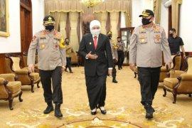 Gubernur Khofifah optimistis Kapolda Fadil Imran cepat adaptasi di Jatim