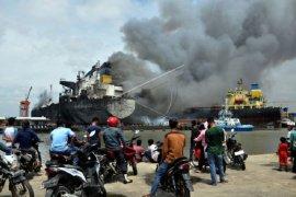 Korban luka kebakaran kapal tanker di Pelabuhan Belawan bertambah jadi 22 orang