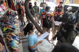 Cara khusus Pemkot Surabaya  agar masyarakat taat aturan PSBB
