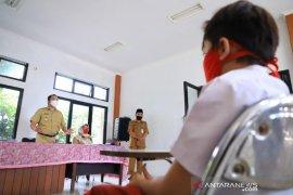 Pemkot Tangerang bantu pulsa bagi 8.146 pelajar