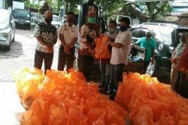 Pemprov Sumut salurkan 4.200 paket sembako untuk buruh terdampak COVID-19