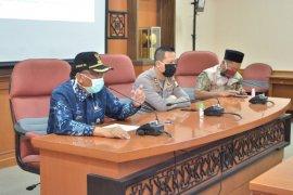 Tambahan empat kasus corona Gresik dari klaster baru Pasar Ayam Sidowungu dan Sampoerna