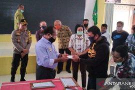 Pemkab Teluk Wondama siapkan bantuan bagi mahasiswa-pelajar