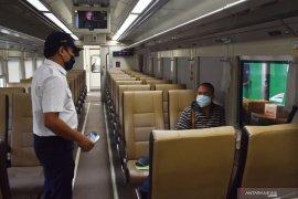 KA luar biasa angkut 206 penumpang pada Lebaran dari Surabaya dan Bandung