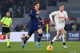 Bintang AS Roma  Zaniolo kembali berlatih setelah absen empat bulan karena cedera