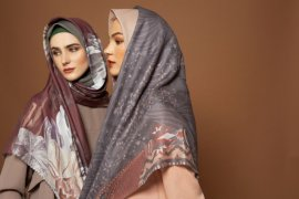Busana muslim sederhana dan berwarna pastel jadi tren tahun ini