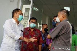 Wali Kota Denpasar kunjungi laboratorium uji swab FK Unwar