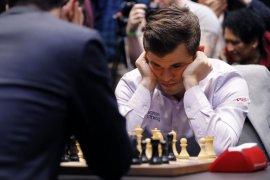Juara dunia Magnus Carlsen gelar turnamen catur online berhadiah 1 juta dolar AS