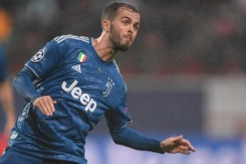 Barcelona dan Juventus resmi umumkan tukar tambah Arthur Melo dengan Pjanic