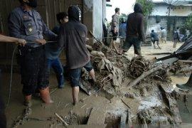 Aceh Tengah dilanda banjir bandang yang rusak puluhan rumah warga