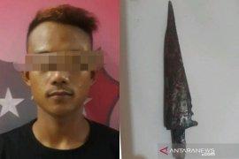 Pelaku pembunuhan di Desa Banua Hanyar menyerahkan diri ke Polres HST