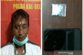 Polda Kalsel meringkus dua buruh edarkan sabu-sabu di Banjarmasin
