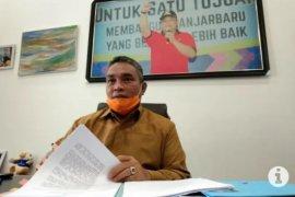 Wali Kota Banjarbaru memimpin konvoi sosialisasi PSBB
