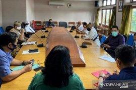 Disperindag Denpasar sosialisasikan Perwali PKM atasi COVID-19