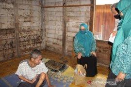 PKK HST dan organisasi profesi kesehatan berbagi