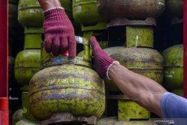 Pertamina sanksi 30 pangkalan elpiji bersubsidi berbuat curang