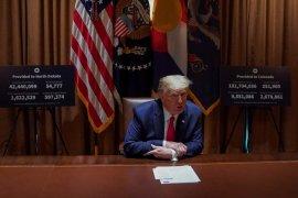 "Tangani COVID-19 ""sangat buruk"", Trump ancam kurangi bantuan untuk WHO"