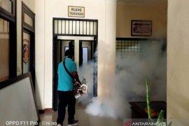 """Polres Bangli lakukan """"fogging"""" cegah demam berdarah"""