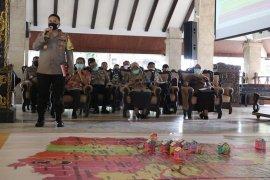 1.275 personel gabungan disiagakan selama PSBB Kabupaten Malang