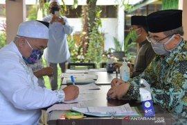 Bupati HSS memulai pembayaran zakat profesi di lingkungan Pemkab