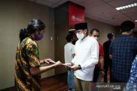 Relawan Indonesia Bersatu beri beasiswa ke mahasiswa terdampak COVID-19