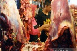 Pasar tradisional di Karawang tidak ditemukan penjualan daging babi mirip daging sapi