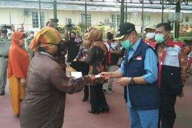 Pemkab Majalengka salurkan bantuan bagi 600 PKL