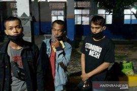 Posko COVID-19 Pelabuhan Tanjungkalian tangkap tiga penumpang ilegal