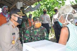 Polres Madiun Kota  bagikan 1.518 paket sembako warga terdampak corona