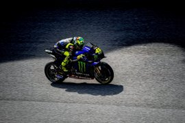 Bos tim Petronas Yamaha jawab rumor kepindahan Rossi